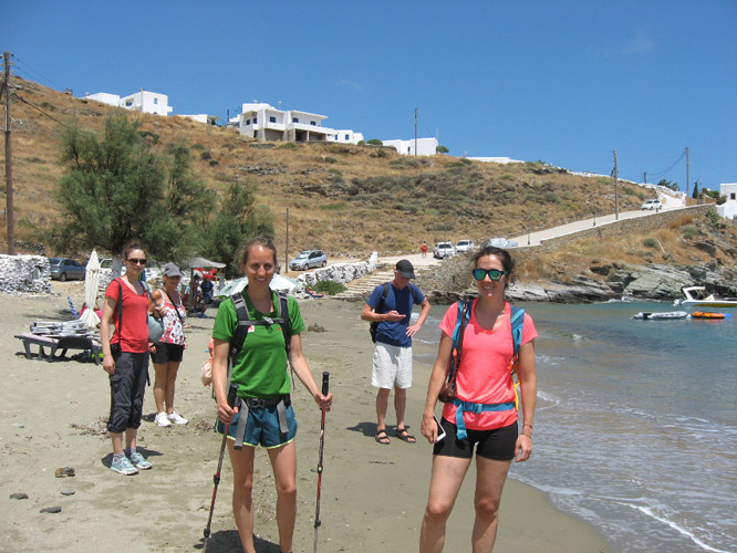 Arriving on Kanala beach for refreshments, massage